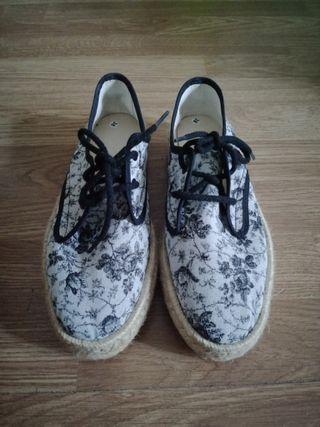 Zapatillas estampadas
