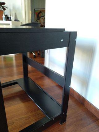Mesa Ikea / escritorio infantil imitación wengué