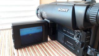 Videocámara Sony Handycam CCD-TRV26E