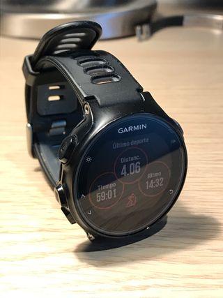 Reloj pulsometro GARMIN FORERUNNER 735XT