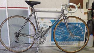 bicicleta de carretera antigua