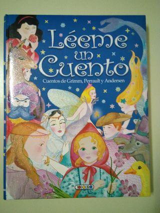 """Libro de cuentos infantiles """"Léeme un cuento"""""""