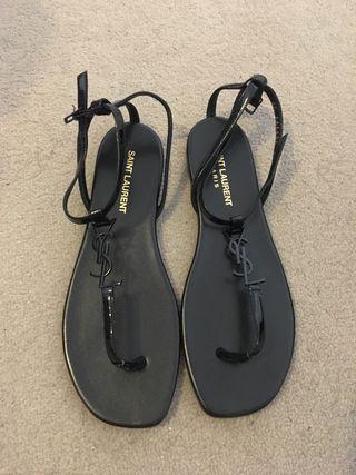 Black YSL sandals fr37