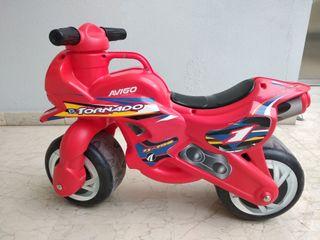 Moto niño juguete Tornado Avigo roja.