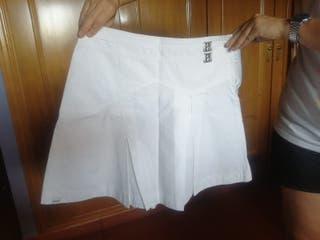 mini falda talla 36, desigual
