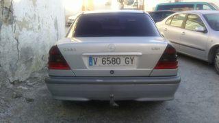 Mercedes-Benz C220 2000