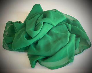 Velo verde oscuro para danza del vientre.