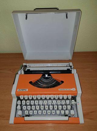 Máquina de escribir Olympia.