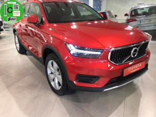 Volvo XC40 T3 Business Plus Auto 120 kW (163 CV)