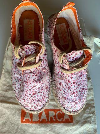 Zapatillas esparto niña Abarca. Talla 28-29