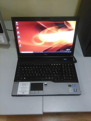 """FUJITSU CELSIUS H720 i7-3720QM 8GB/128GB SSD 15,6"""""""