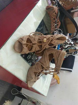 zapatos de ante Alpe