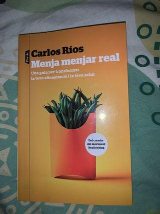 """Llibre """"Menja menjar real"""" de Carlos Rios"""