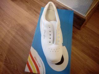 Zapato piel en varias tallas