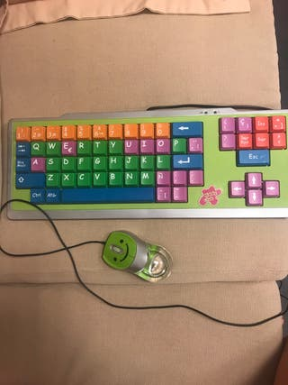 Teclado de ordenador infantil y raton