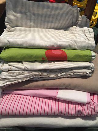 Varios conjuntos ropa cuna