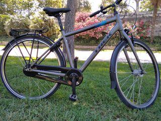 Bicicleta urbana Trek L100