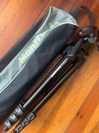 Trípode ligero Manfrotto 7301YB con rótula y bolsa