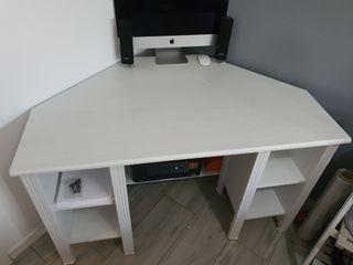 vendo escritorio ikea en blanco esquinero