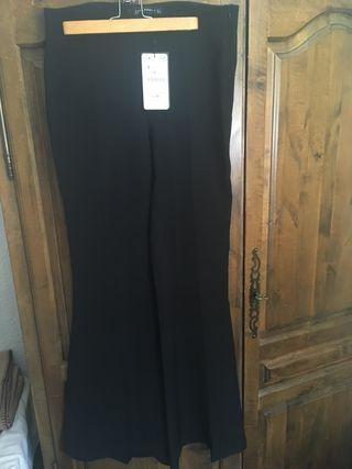 Pantalón negro Zara S