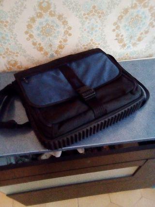 Targus para portátil maletín bandolera