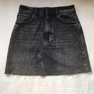 Falda negra vaquera cintura alta Talla S