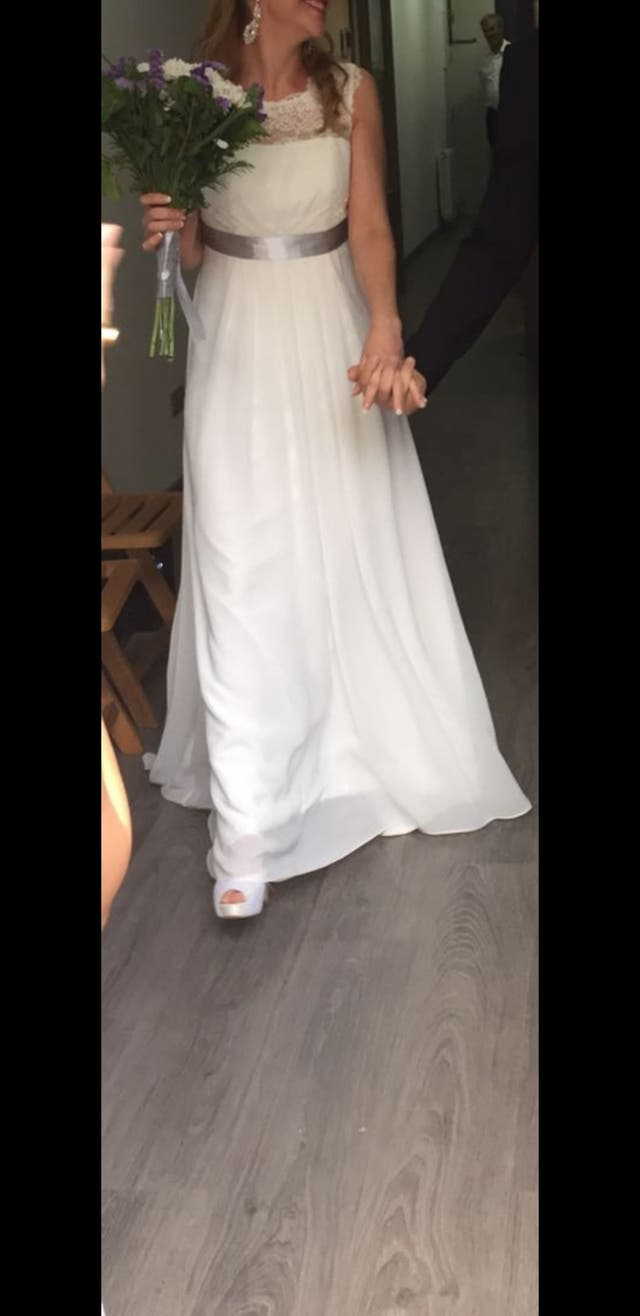 Vestido de novia rosa clara talle 34/36 de segunda mano