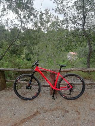 Bicicleta MTB BH expert 2020