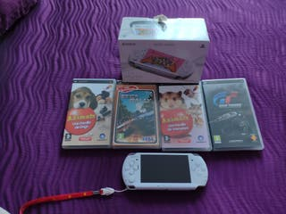 Vendo consola psp slim and lite(pearl withe)