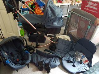 MyBabiie 3 in One travel pushchair