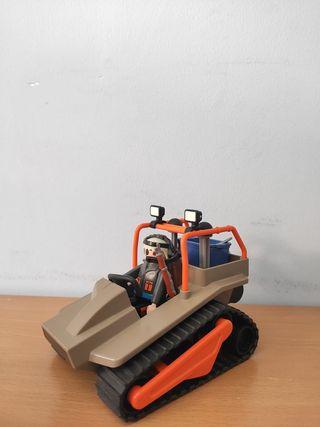 Coche orugas De Playmobil en VALLADOLID