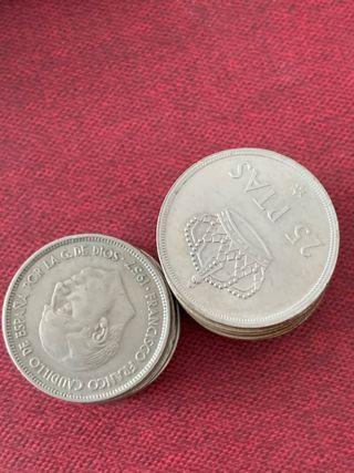 15 monedas de 25 pesetas