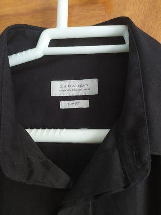 Zara camisa SlimFit hombre de segunda mano por 10 € en