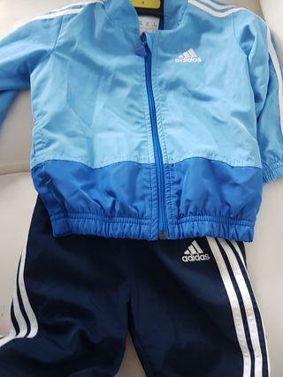 Chandal Adidas bebe Azul Claro/oscuro.