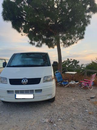 Volkswagen Transporter -T5 camperizada
