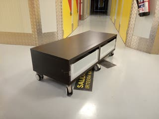 Mueble TV Ikea negro-marrón