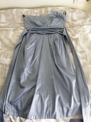 vestido corto de fiesta color gris, regalo estola