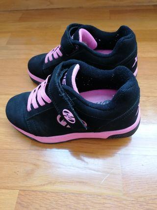 Zapatillas de ruedas Hellys