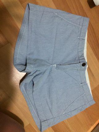 Pantalón corto 42