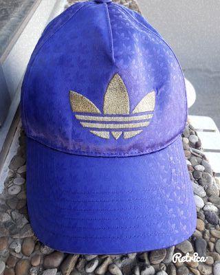 Gorra Adidas Original Púrpura y Dorada
