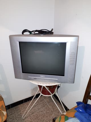 """TV Philips 22"""" Color"""