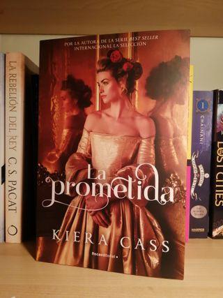 """LIBRO """"La Prometida"""" Kiera Cass"""