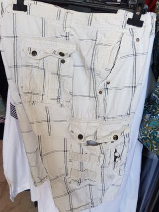 Pantalon bermuda de hombre