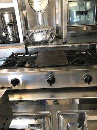 Cocina 2 fuegos+plancha