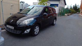Renault escenit 2010