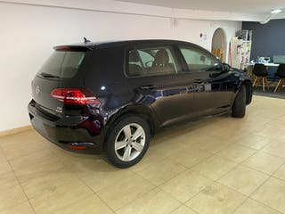 Volkswagen Golf 2015 y 110.000 kms