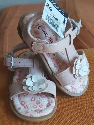 zapatillas color rosa