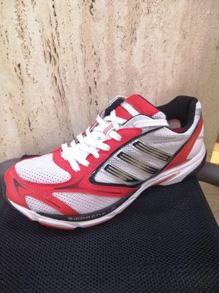 Zapatillas Adidas de segunda mano por 35 € en Granada en