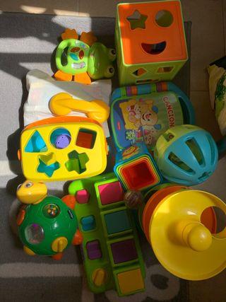 Lote juguetes bebé 9-24 meses