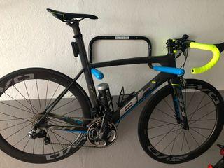 Bicicleta carretera BH aero G6 Pro